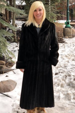 20180321 mink Natural Blackglama fitted mink coat 1 1000x1176 1