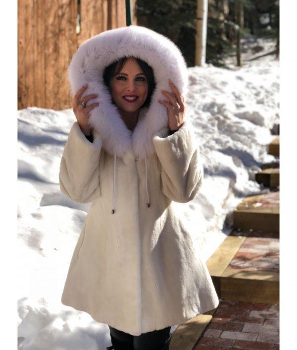 20190129 beaver fox white sheared beaver fox hood 3 1000x1176 1