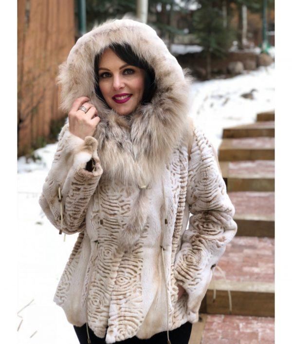 mink Lynx beige sheared mink Canadian lynx hood 1 1000x1176 1